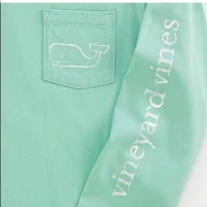 Vineyard Vines long sleeved turquoise tee size XL